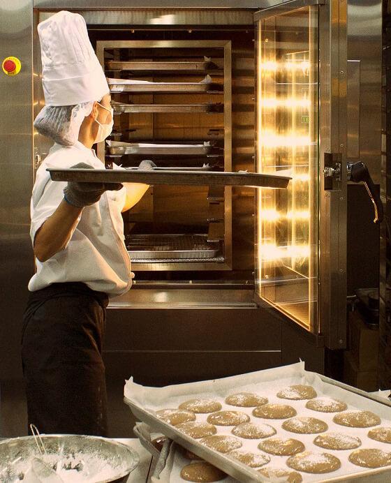洋菓子事業